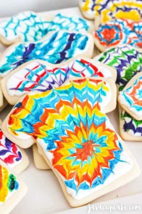Tie Dye Cookies | JavaCupcake.com #tiedyeparty #tiedye
