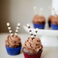 Chocolate Cupcakes with Whipped Milk Chocolate Ganache