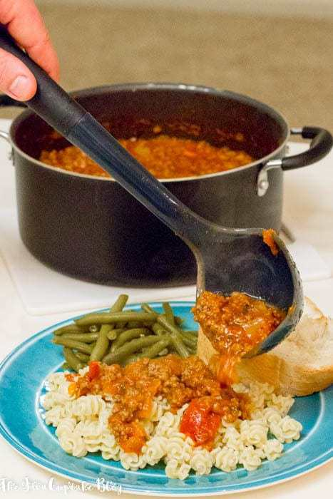 Easy Monday Night Spaghetti with Meat Sauce for OXO by The JavaCupcake Blog