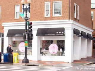 Take a tour of Georgetown Cupcake with The JavaCupcake Blog | https://javacupcake.com