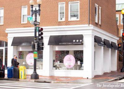 Take a tour of Georgetown Cupcake with The JavaCupcake Blog | http://javacupcake.com