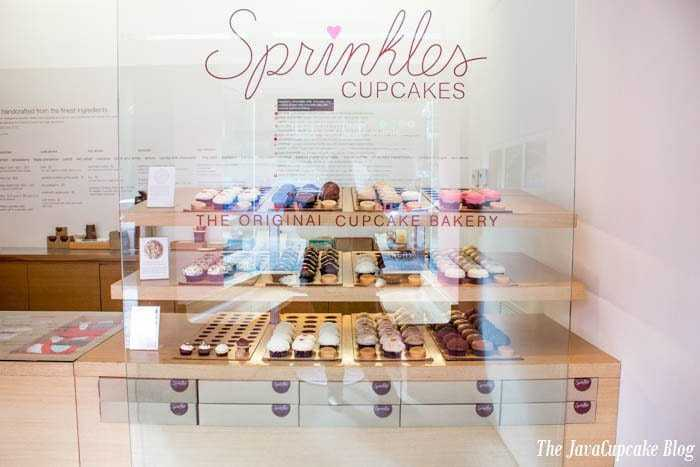 {Review} Sprinkles Cupcakes in Georgetown, Washington, DC | The JavaCupcake Blog https://javacupcake.com