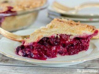 Four Berry Pie | The JavaCupcake Blog https://javacupcake.com