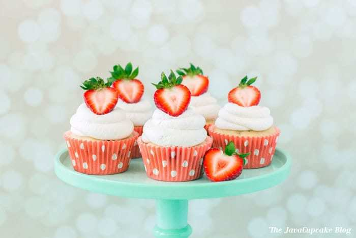 Strawberry Shortcake Cupcakes | The JavaCupcake Blog http://javacupcake.com