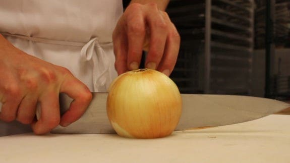 onion-cut