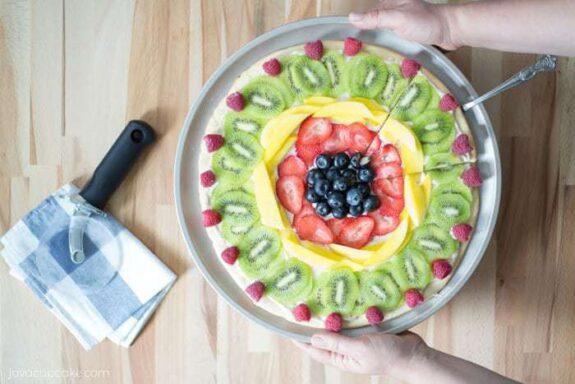 Fresh Fruit Dessert Pizza   JavaCupcake.com