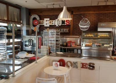 {REVIEW} Confections Cupcakery - Manassas, VA | The JavaCupcake Blog http://javacupcake.com