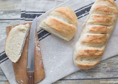 Simple Fresh Bread Recipe - Perfect for weeknight dinners! | The JavaCupcake Blog https://javacupcake.com