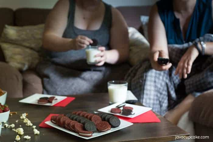 Girls Movie NiGirls Movie Night with OREO | The JavaCupcake Blog https://javacupcake.comght with OREO | The JavaCupcake Blog https://javacupcake.com