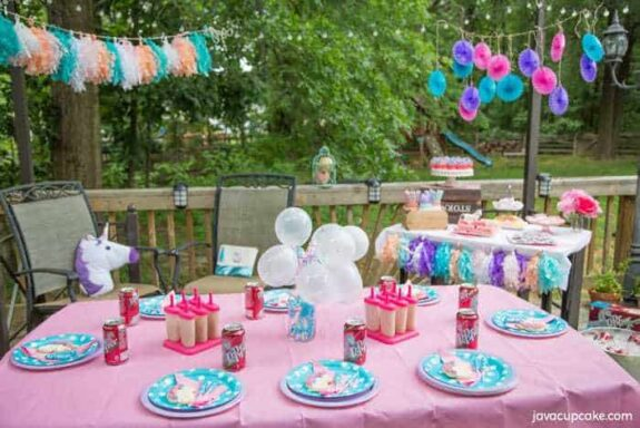 Backyard Unicorn Party inspired by Dr Pepper | The JavaCupcake Blog http://javacupcake.com