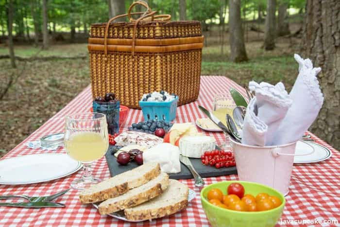 Kid Friendly Picnic & Charcuterie Board | The JavaCupcake Blog https://javacupcake.com