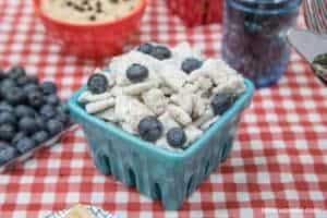 Lemon Blueberry Muddy Buddies | The JavaCupcake Blog http://javacupcake.com