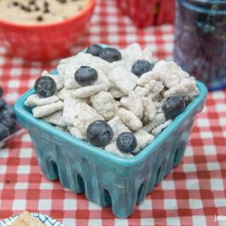 Lemon Blueberry Muddy Buddies