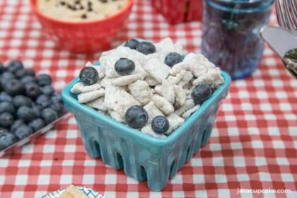 Lemon Blueberry Muddy Buddies | The JavaCupcake Blog https://javacupcake.com