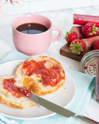 Small batch Rhubarb Strawberry Jam | The JavaCupcake Blog https://javacupcake.com