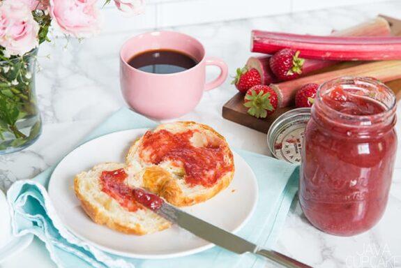 Small batch Rhubarb Strawberry Jam | The JavaCupcake Blog https://javacupcake.com