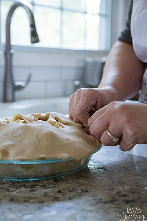 All Butter Pie Crust | The JavaCupcake Blog https://javacupcake.com