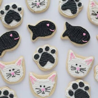 Valentine's Day Cat & Fish Cookies