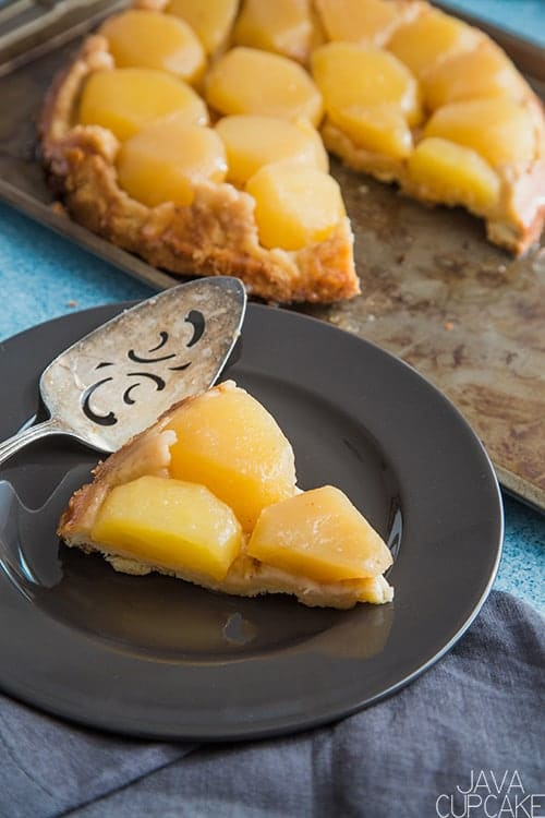 golden apple tarte served on a plate