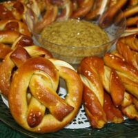 German-style Salted Pretzels with German Beer Spicy Mustard