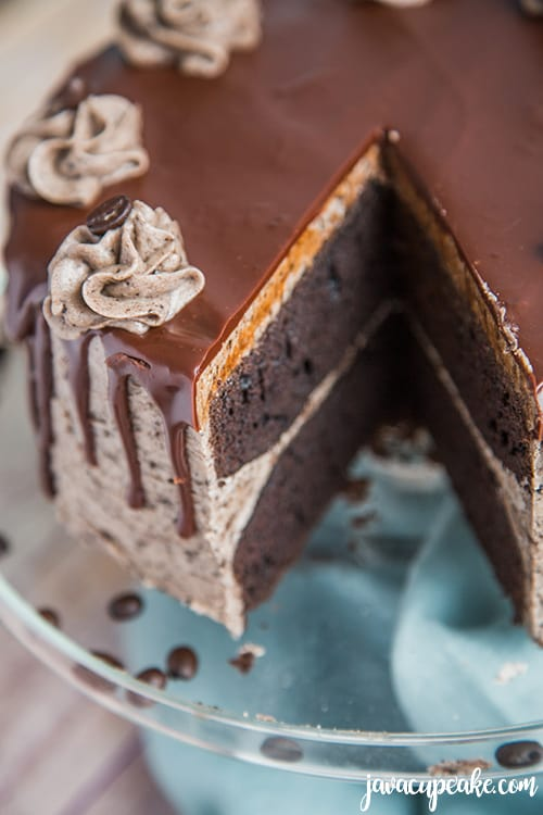 inside of a mocha cookies and cream cake