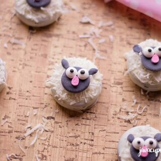Adorable Lamb Cookies