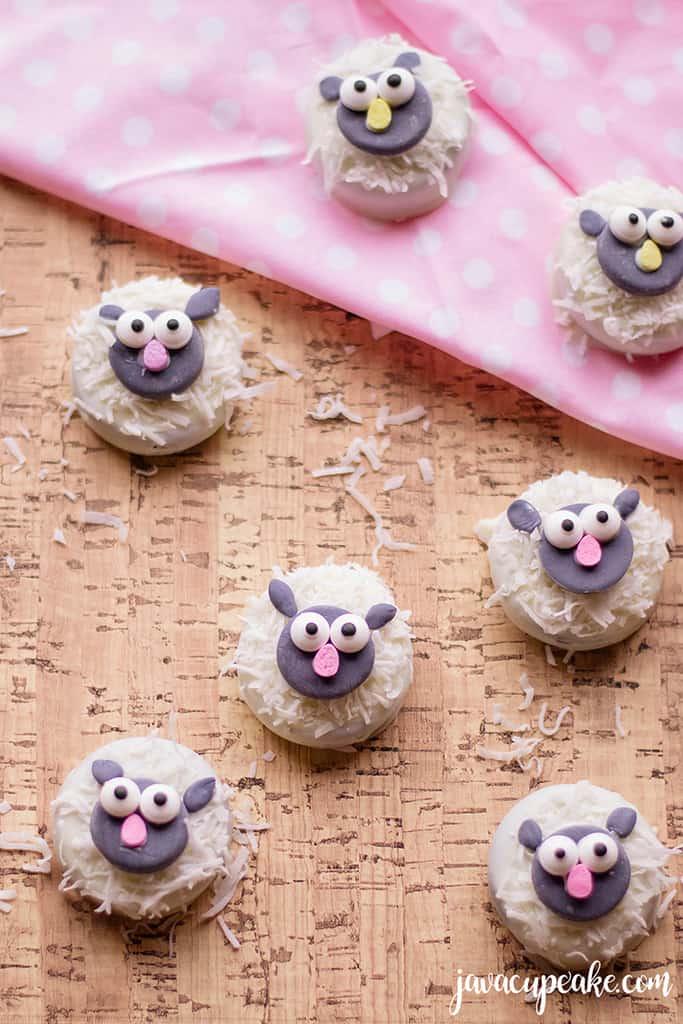 Adorable Lamb Cookies | The JavaCupcake Blog https://javacupcake.com